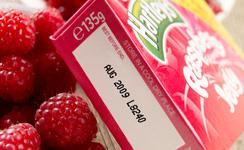 産業用インクジェットプリンタ 化粧箱に賞味期限を印字(マーキング)