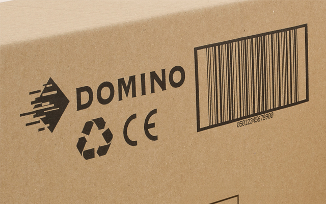 カートンボックスに製品名、ロゴ、バーコードを印字 (マーキング)